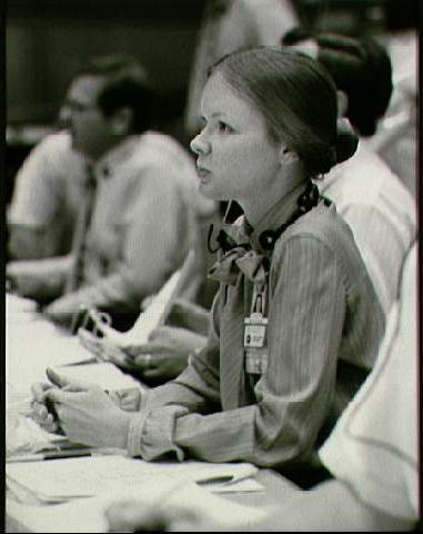 Marianne Dyson, STS-4 Entry Team FAO (NASA photo, 1982)