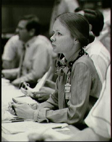 Marianne Dyson, STS-4 Entry Team FAO (NASA photo, 1982)