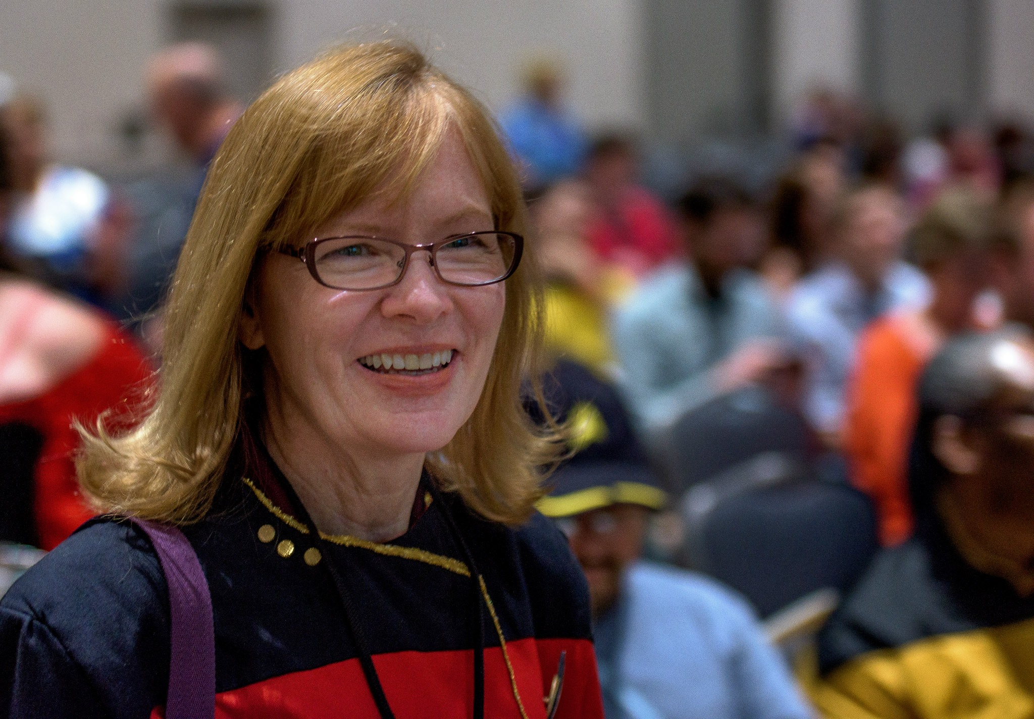 Marianne Dyson photo by Carl Shier at Space City Comic Con 2015.
